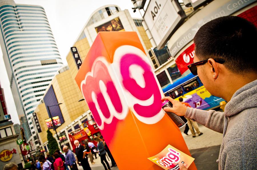 Toronto Graffiti Yahoo! Skam